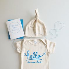 Hey, I found this really awesome Etsy listing at https://www.etsy.com/listing/166749679/hello-im-new-here-baby-gift-set-blue-by