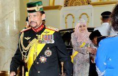 T.M. Sultan  Hassanal Bolkiah and Queen Saleha of Brunei