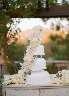 Glam Irvine Wedding Overflowing With Organics - Wilkie Blog!