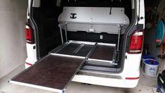 Vw Caravan, T5 Camper, Build A Camper, Mini Camper, Camper Life, Vw T5 California, Camping Box, Beach Camping, Camper Storage