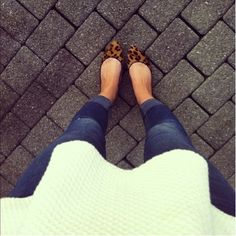 easy everyday outfit {love the leopard flats}