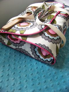 1000 Images About Sewing Casserole Carrier On Pinterest