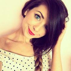 Zoella is so pretty Zoella Makeup, Hair Makeup, Zoella Beauty, Morena Fake, Zoella Style, Selfies, Zoe Sugg, Vintage Makeup, Celebs