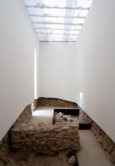 Archaeological Museum of Praca Nova by Joao Luis Carrilho da Graca