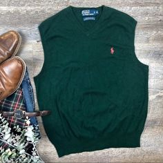 Shop Men's Polo by Ralph Lauren Green size M V-Neck at a discounted price at Poshmark. Description: Great green 100% Pima cotton Polo by Ralph Lauren sweater vest! In excellent condition. Size M. (D-10. B). Sold by mila_rose_men. Fast delivery, full service customer support.