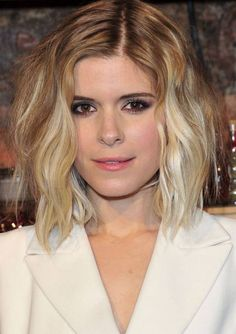 Kate Mara to adopt the tie and dye on short hair