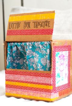 DIY Cardboard Puppet Theatre for Kids ~ Travel version made of cereal boxes~