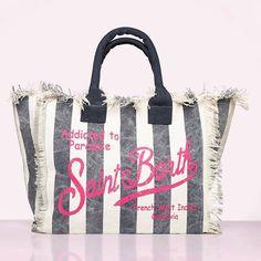 SAILERstyle (@sailerstyle) • Instagram-Fotos und -Videos Clutch, Shopper, Reusable Tote Bags, Chanel, Videos, Instagram, Fashion, Suitcase, Handbags