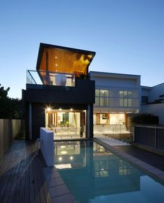Park House in Brisbane Australia > beautiful #exterior facade with #pool, #wood, #metal > #architecture #modern #luxury #home