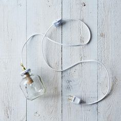 Apple-a-Day Lamp: made from Martinelli's apple juice jars! http://food52.com/getprovisions/ZgQJQ
