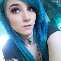 May she have 😳😍 - May she have 😳😍 The Effective Pictures We Offer You About hair tutorial A quality picture ca - Emo Scene Hair, Emo Hair, Green Hair, Blue Hair, Lilac Hair, Pastel Hair, Pastel Pink, Goth Beauty, Hair Beauty