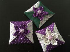 sachet de lavande,lot de 3 coussins décoratif,décoration d'intérieur ,parfum,fleur en tissu : Accessoires de maison par cocopassion05