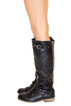 Flat Boots - Black