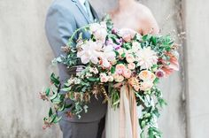 Elegant bridal bouquet | Wedding & Party Ideas | 100 Layer Cake