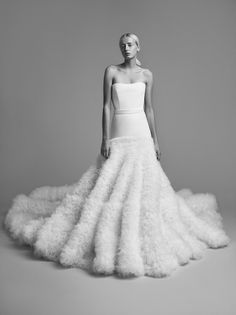 b024701599cb Viktor and Rolf Fall 2018 Wedding Dresses