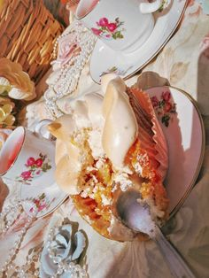 Camembert Cheese, Yard, Favorite Recipes, Sweets, Patio, Gummi Candy, Candy, Yards, Goodies