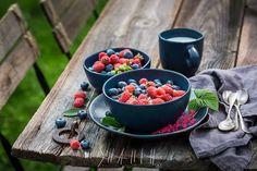 Oatmeal & berries. #foodphotographer #foodphotography #food #shaiith #foodporn #oatflakes #breakfast #oatmeal #blueberry #healthyfood #raspberry #rustic #milk #redfood #bluefood #summerfood #fruit #berries #rawfood #countryfood