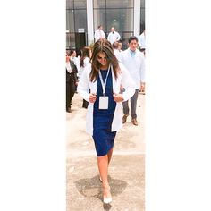 White coat ceremony outfit. Cobalt blue bodycon dress from Banana Republic, white and gray snake skin heels from Nine West