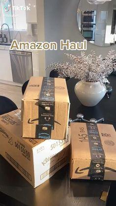Amazon Hacks, Amazon Gadgets, Cool Gadgets To Buy, Best Amazon Buys, Best Amazon Products, Amazing Life Hacks, Useful Life Hacks, Room Ideas Bedroom, Room Decor