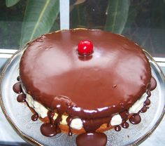 What's Cookin' Italian Style Cuisine: Boston Cream Pie Italian Style Recipe