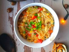 Makaron ryżowy z kurczakiem Thai Red Curry, Food And Drink, Ethnic Recipes, Fitness