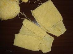 Moda Bebê : Calça com Sapatinho - Tricô (2ª)