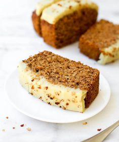 This Spiced Quick Bread Vegan, GlutenFree, OilFree is a best for our Lunch made with wholesome ingredients! Healthy Cake Recipes, Quick Bread Recipes, Healthy Snacks For Diabetics, Healthy Sweets, Dessert Recipes, Delicious Recipes, Dessert Sans Gluten, Gluten Free Sweets, Croissants