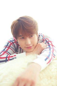 Kyuhyun is cute Leeteuk, Heechul, Donghae, Cho Kyuhyun, Siwon, Super Junior, Insta Photo Ideas, Kpop, Korean Music