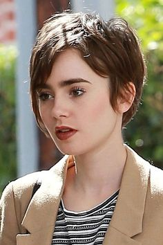 Short Hairstyles Lily Collins