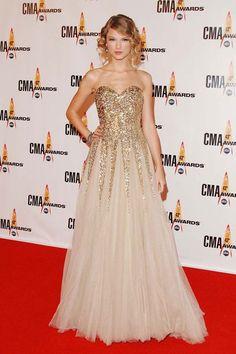 Taylor Swift Reem Acra Gown - Taylor Swift Style - Elle