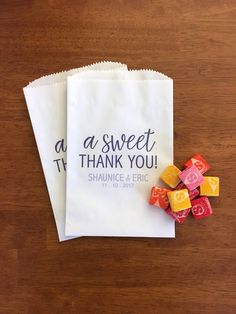 Great lined donut bags - no grease stains!  Personalized Wedding Favor Bags - Baby Shower Treat Bags - Bridal Shower Favor Bag - A Sweet Thank You - Candy Bags - Cookie Bags - LINED by PreppingParties on Etsy