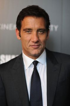 40 Men That Men Find Beautiful Hollywood Actor, Golden Age Of Hollywood, Vampire Diaries, I Movie, Movie Stars, Clive Owen, Do Men, Christian Bale, British Actors