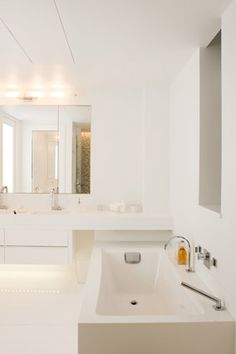 10 Ways to Give Your Bathroom a Quick Facelift