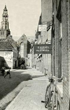 https://flic.kr/p/D3woPS   Groningen Schoolholm ca. 1937