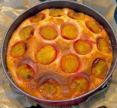 Ciasto jogurtowe ze śliwkami - Blog z apetytem Pepperoni, Pizza, Blog, Cakes, Cake Makers, Kuchen, Blogging, Cake, Pastries