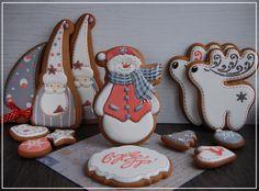 Новые фотографии Christmas Cookies 2016, Iced Cookies, Christmas Cupcakes, Christmas Minis, Noel Christmas, Christmas Goodies, Holiday Cookies, Christmas Baking, Sugar Cookies