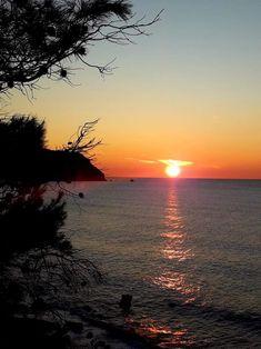 Το ηλιοβασίλεμα στον Άγιο Νικήτα. 16/02/2020. Celestial, Sunset, Outdoor, Outdoors, Sunsets, Outdoor Games, The Great Outdoors, The Sunset