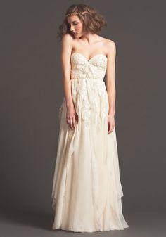 Suknie ślubne – Sarah Seven 2013 •