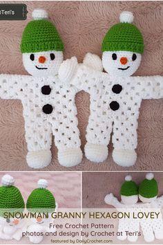[Paid Pattern] Adorable Snowman Lovey Crochet Pattern - Knit And Crochet Daily Crochet Lovey, Crochet Santa, Crochet Snowman, Christmas Crochet Patterns, Holiday Crochet, Christmas Sewing, Crochet Gifts, Crochet Dolls, Free Crochet
