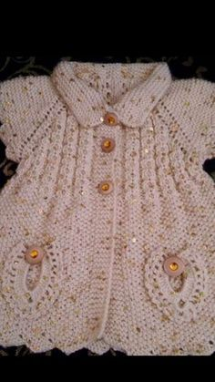 Discover thousands of images about Adriana Herrera Araya This Pin was discovered by Neş Recycled fabric to hank a shag İlgili Benzer Çalışmalar No related posts. very nice embellishments Baby Cardigan Knitting Pattern, Baby Knitting Patterns, Baby Patterns, Crochet Patterns, Diy Crafts Knitting, Knitting For Kids, Free Knitting, Knit Baby Sweaters, Knitted Baby Clothes