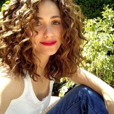 Brown Eyed Girl Conquers the World: Curly Hair Inspiration - Hair Styles Curly Hair Styles, Curly Hair Cuts, Short Curly Hair, Wavy Hair, New Hair, Natural Hair Styles, Curly Girl, Curly Nikki, Hair Updo