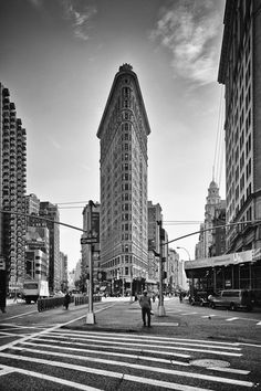 #Flatironbuilding by Mario Ebenhöh #blackandwhite #street #photography from #NYC