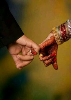 Indian Wedding Photography Poses Signs New Ideas Indian Wedding Couple Photography, Indian Wedding Photos, Couple Photography Poses, Bridal Photography, Photography Ideas, Indian Photography, Photography Portfolio, Indian Bridal, Indian Weddings