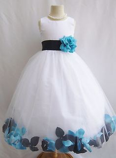 I wonder if we could do this to the flower girl dresses???!