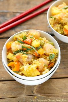 Fast and Fabulous Spicy Pineapple Shrimp Fried Rice. Healthy, fresh ingrients combine for one skillet dish for busy night! via @boulderlocavore