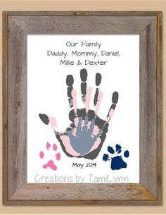Family and Pet Handprint Art – Home Decor, Mother's Day, Father's Day, B… - Diy Gift For Girlfriend Ideen Family Crafts, Baby Crafts, Diy And Crafts, Crafts For Kids, Newborn Crafts, Diy Gifts For Mothers, Mothers Day Crafts, Mother Gifts, First Mothers Day Gifts