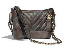 Chanel Fall Winter 2018 Classic Bag Collection Act 2 Coco Chanel, Fall Collection, Black Leather Tote Bag, Chanel Handbags, Hobo Bag, Fashion Bags, Gold View, Fall Winter, Collections