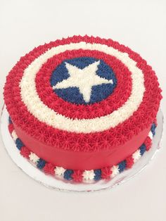 Today, I'm going to walk you through how I made this super easy, really awesome, Captain America shield cake! So I just saw Captain America: Civil War this past weekend and it was just as epi… - Visit to grab an amazing super hero shirt now on sale! Captain America Birthday Cake, Captain America Party, Avengers Birthday Cakes, Cake Birthday, Birthday Boys, Birthday Ideas, Pastel Capitan America, Pastel Avengers, Marvel Cake