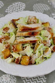 Salata Caesar - CAIETUL CU RETETE Food Inspiration, Sandwiches, Salads, Paninis