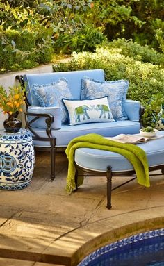 Inspired by the timeless beauty of and century European artisans, the Chinoiserie Garden Stool adds cultured charm to patios and garden sitting areas. Outdoor Rooms, Outdoor Living, Outdoor Furniture Sets, Outdoor Decor, Garden Furniture, Plywood Furniture, Modern Furniture, Furniture Design, Urban Deco